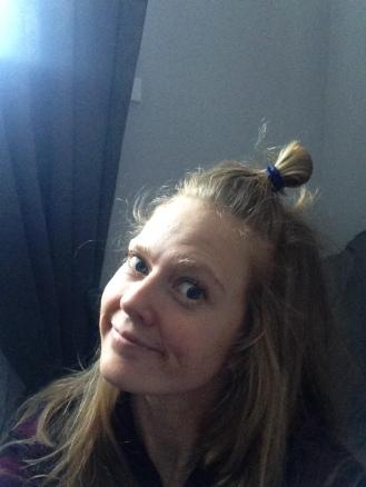 Argumentet «det er en perfekt frisyre om det er noen dager siden du har vasket håret» gjør tutten til en svært aktuell frisyrekandidat for meg. Foto: Privat